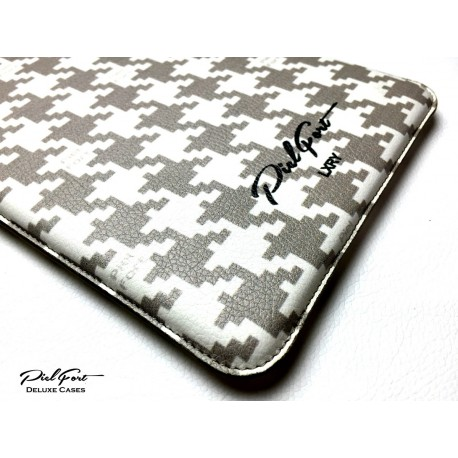 "Funda para iPad & iPhone pata de gallo ""PielFort"""